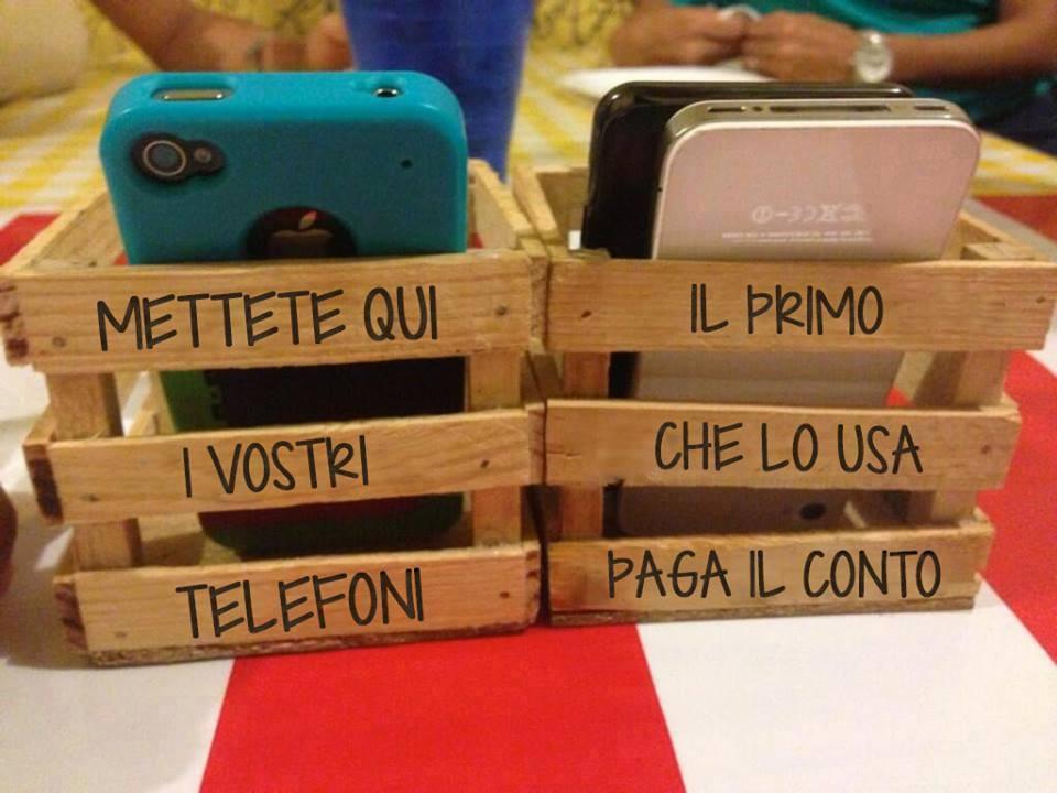 Mamma (papà): stai per regalare uno smartphone a tuo figlio? Ecco qualche suggerimento tra te elui/lei.