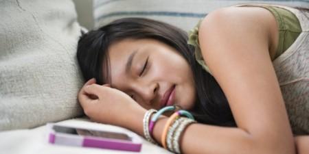 o-TEEN-SLEEPING-facebook-660x330.jpg